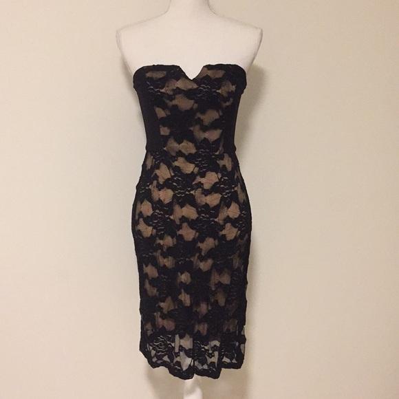 Rebecca Taylor Dresses & Skirts - Rebecca Taylor Strapless Blk/Nude Lace Dress!!